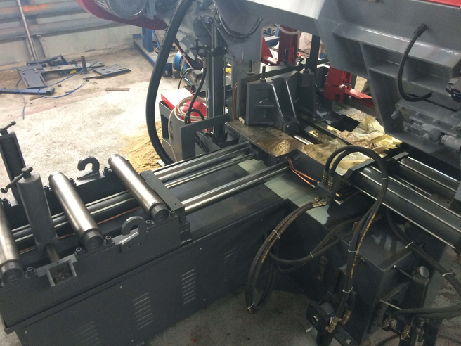 IRON-CUT CH-360HA (GZ4236) Колонный автоматический ленточнопильный станок IRON-CUT Автоматические Ленточнопильные станки